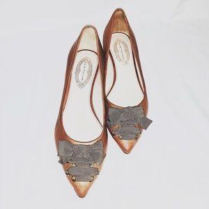 Vintage NWOT Ellie Tahari pointed kitten heels
